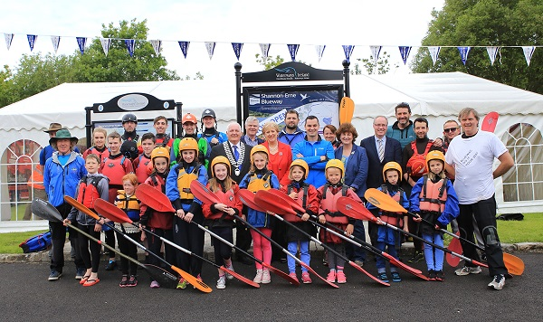 Dawn Livingstone Chief Executive Waterways, Cathoirleach Paddy Smith Cavan County Council, Minister Heather Humphreys TD, Karl Kenry Broadcaster & Fitness Expert with members of the Ballyconnell Community at the launch of the Shannon-Erne Blueway